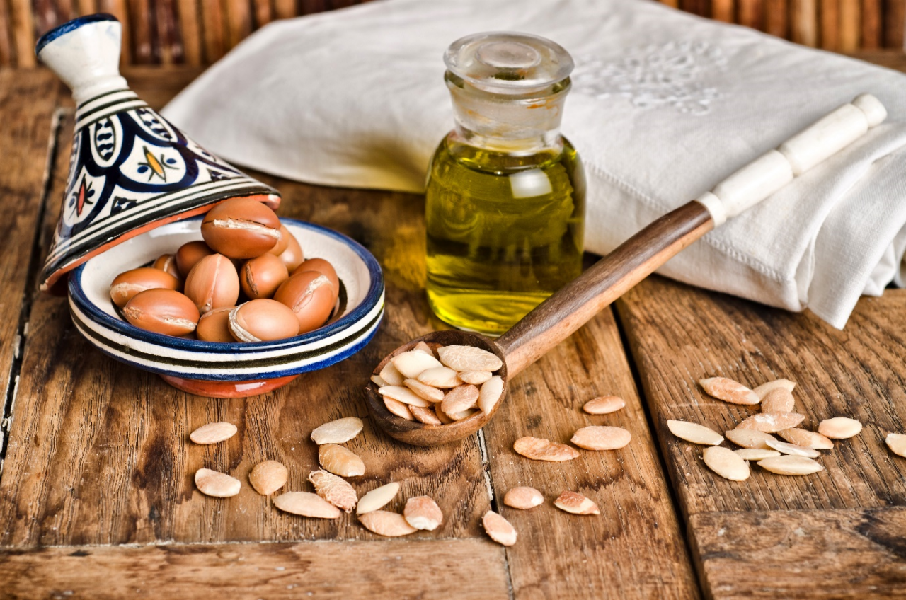 argan_oil_benefits_hair_Growth